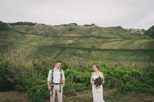 Collette & Matthew's Dreamy Oahu Elopement