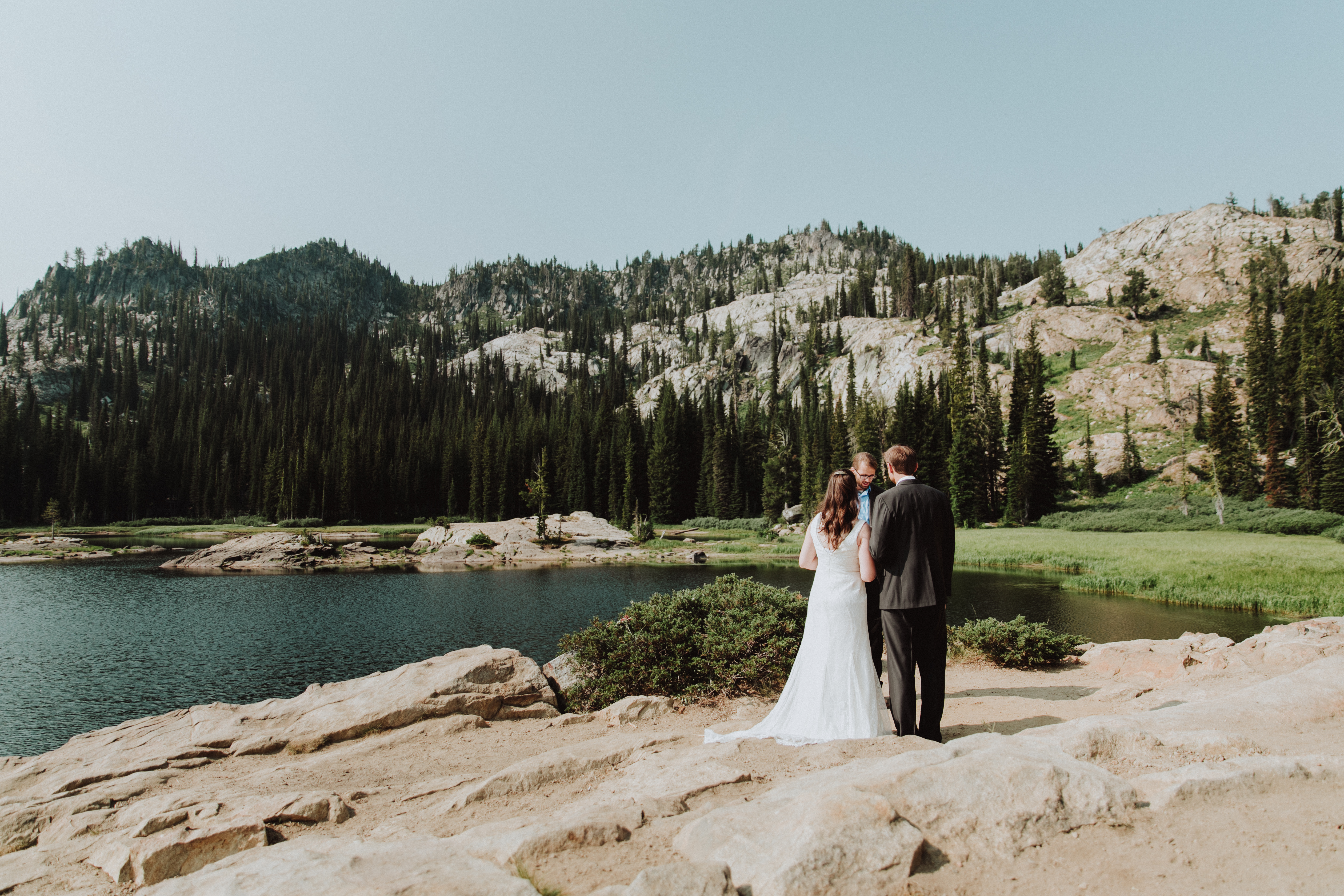 """Elopement Announcements: 4 Ways to Say """"We Eloped!"""""""