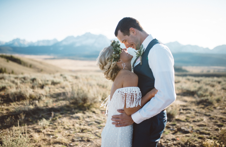 101 Elopement Dresses That Are Completely Show-Stopping