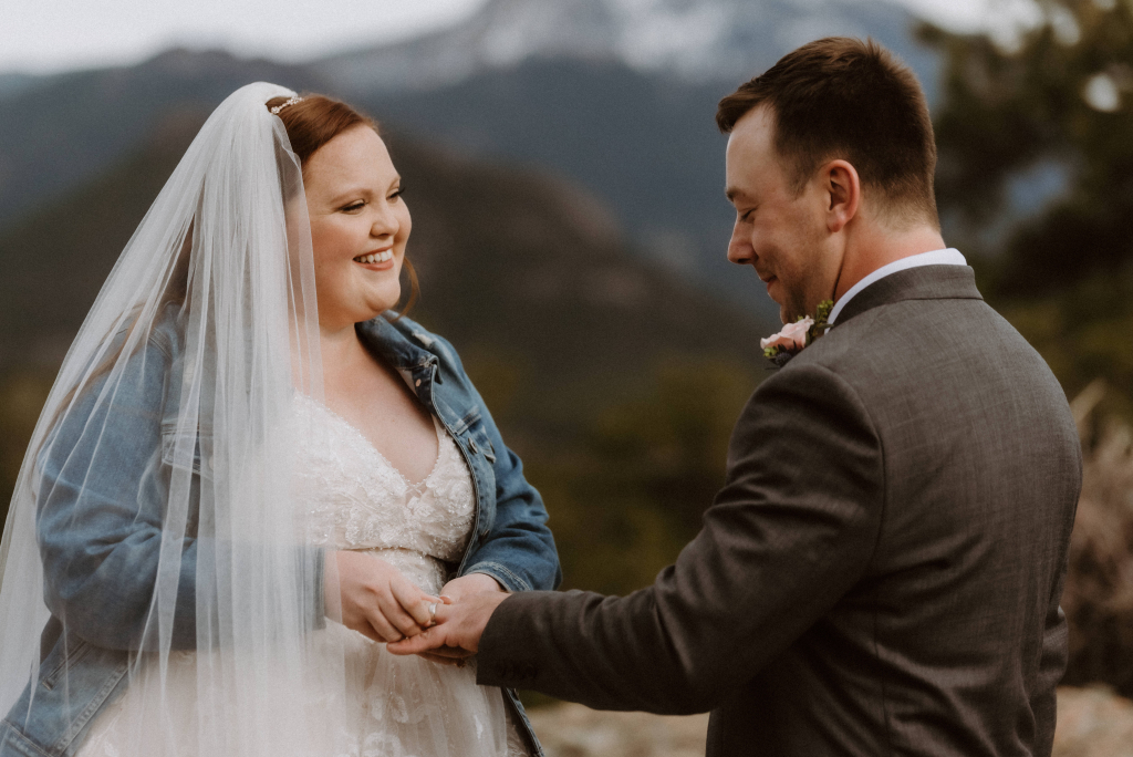 A Serene Elopement at 3M Curve at Rocky Mountain National Park